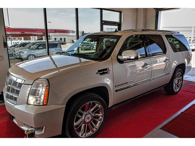 Pre-Owned 2008 Cadillac Escalade ESV Platinum ESV/Navigation-DVD-Moonroof